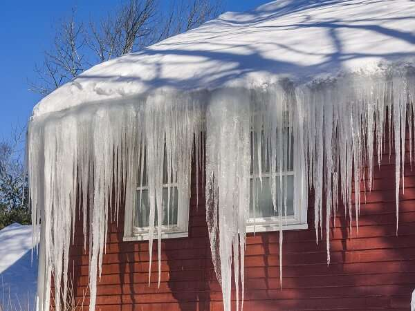 Ice Dam on Home in Wisconsin